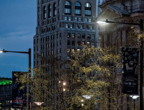COMCAST'S MACHINEQ USES inteliLIGHT TO DEPLOY ITS SMART CITY SOLUTION IN PHILLY HOLIDAY HOTSPOTS